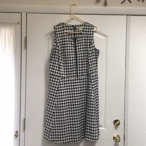 Beautiful Michael Kors Houndstooth dress!